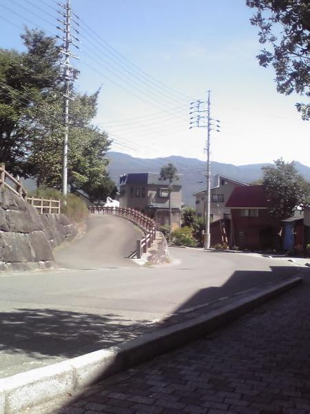 忠恩寺への道