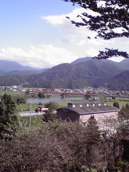 千曲川に架かる中央橋