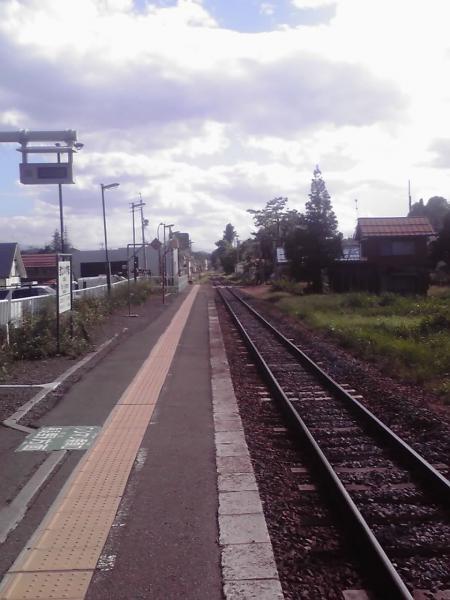 北飯山駅のホーム