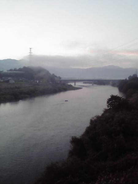 立ヶ花橋よりの千曲川の眺め