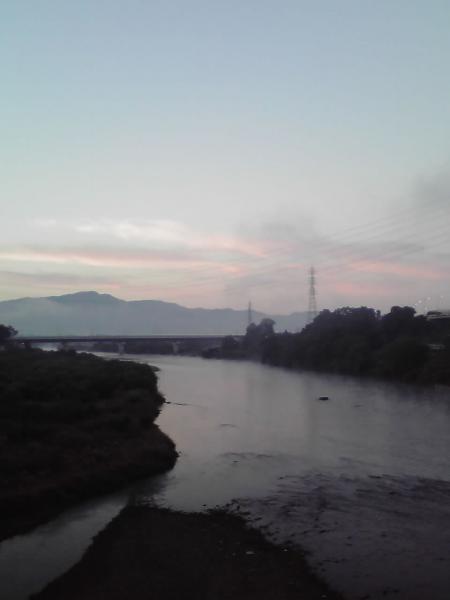 千曲川の朝焼け