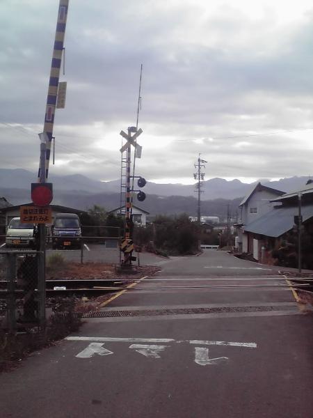 信濃路の踏切風景