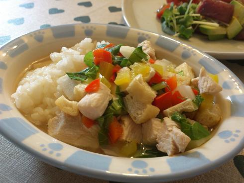 鶏肉、油揚げ、カブの味噌スープごはん