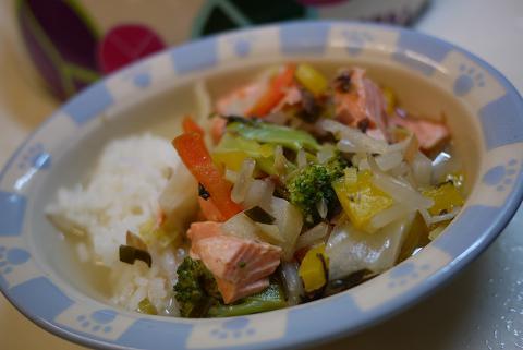 鮭と野菜のスープ煮