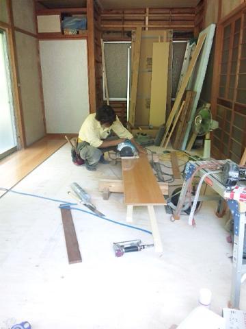 床フロアー貼り (1)