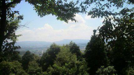 尾張戸神社から東の眺望