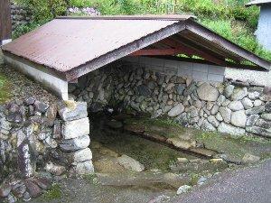 岡本の清水