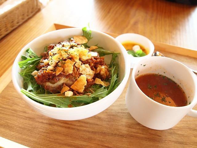 157カフェ&レストラン葉凪