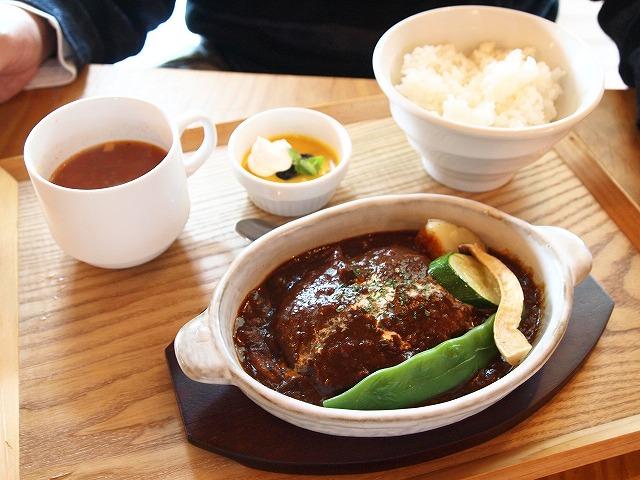 161カフェ&レストラン葉凪