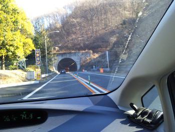 中央道トンネル崩落事故後の片側相互通過での入り口にて