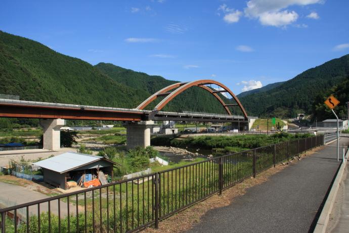 豊岡自動車道15
