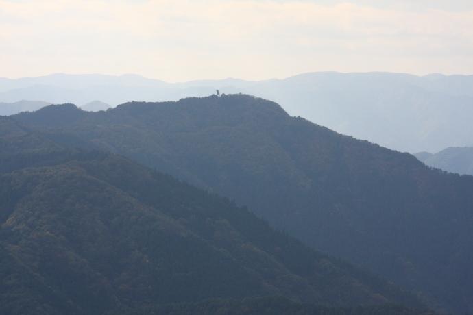 粟鹿山10