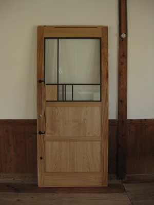 door-t1