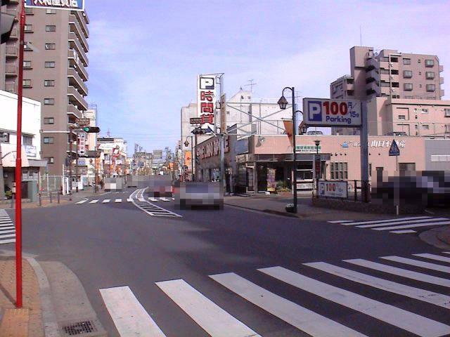 メメNo.002交差点全景01