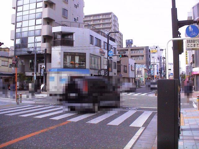 誘メNo.003交差点全景01