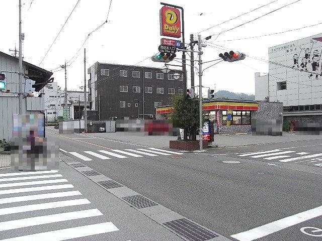 メメNo.003-交差点全景01