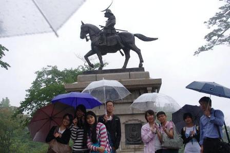 雨の青葉城