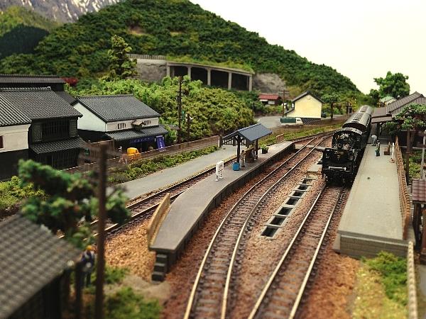 1500・鉄道ジオラマ から