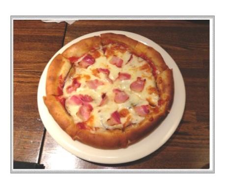 生ベーコンとナスのピザ