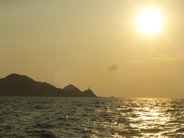 朝日の佐多岬