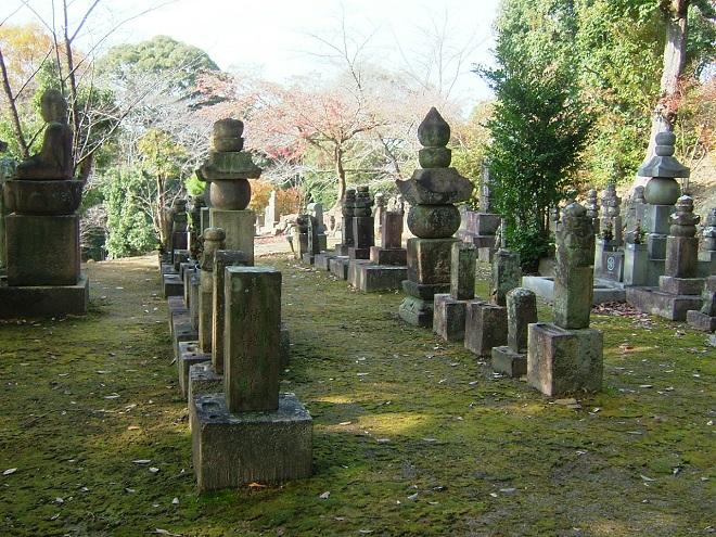 堺半井家墓所 (2)