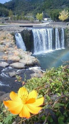 201211021227000原尻の滝2日