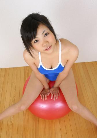 yui_inoue_LP_03_026.jpg