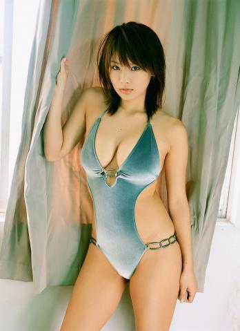 yuika_hotta130.jpg