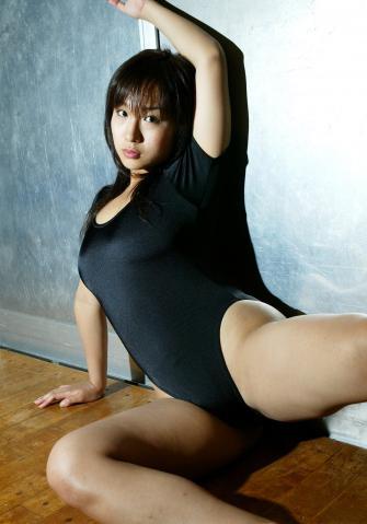 yuri_kobayashi_idl239.jpg