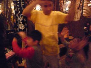 踊れ踊れ~♪
