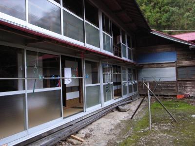 赤滝鉱泉外観_convert_20120430200252