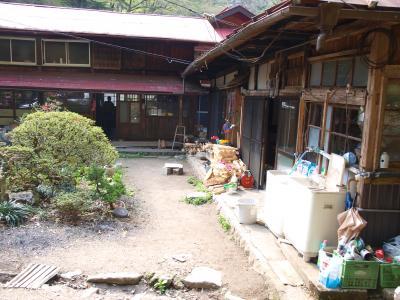 赤滝鉱泉玄関_convert_20120430200429
