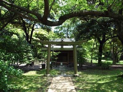 浜離宮内神社