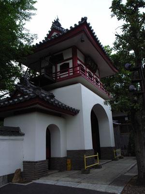成願寺赤門