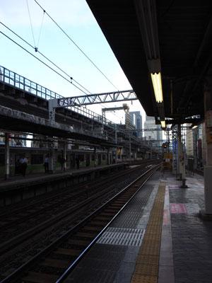 東北縦貫線神田駅ホームから