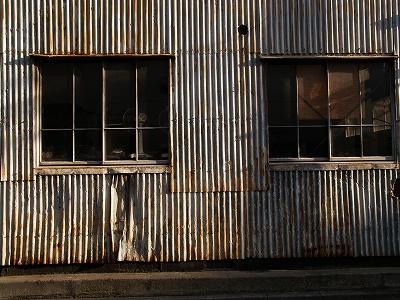 工場トタン