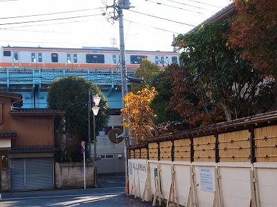 本村庵と中央線