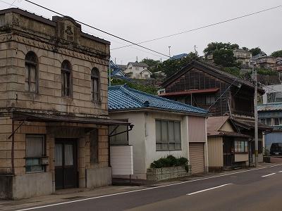 塩釜神社石造
