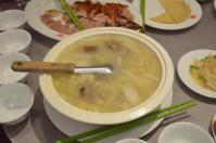 天廚菜館のダックガラスープ鍋