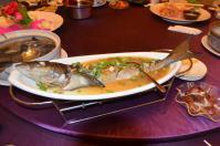 北海宴會館の宴会コース「清蒸魚」