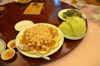 兄弟大飯店梅花廳の蝦鬆生菜