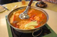 賓拉登(ビンラディン)鍋屋の酸辣火鍋
