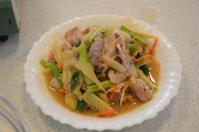 賓拉登(ビンラディン)鍋屋の酸菜豚肉炒め