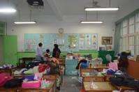 教壇側から見た台湾小学校の教室