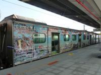 沙崙支線の区間車は台南観光ラッピング電車1129