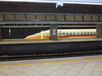 向こうのホームにも新幹線1129