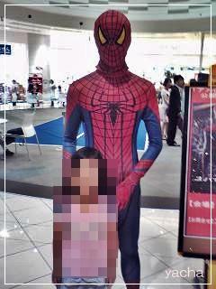 20120617スパイダーマンと記念撮影