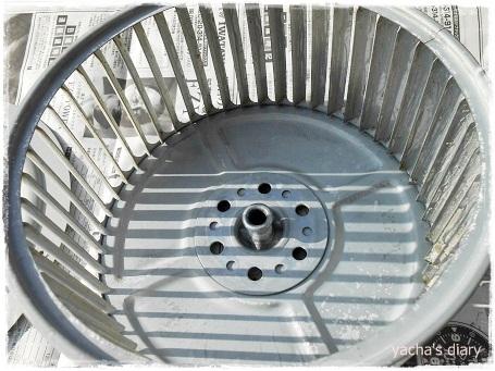 20121217換気扇のはねきれいに