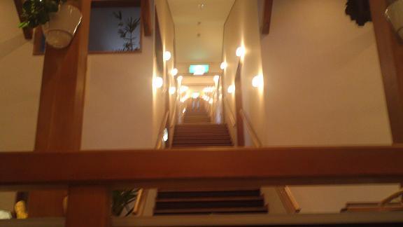 お部屋へ通じる階段