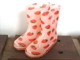 イチゴの長靴さん